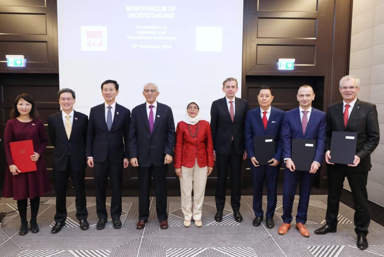 In einem Memorandum of Understanding haben Rohde & Schwarz und das Institute of Technical Education (ITE) in Singapur ein Austauschprogramm zwischen ihren Auszubildenden vereinbart.