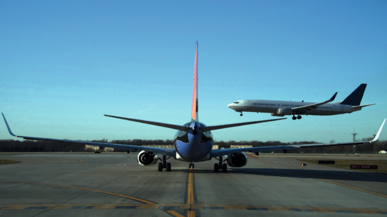 Increasing safety in air traffic control