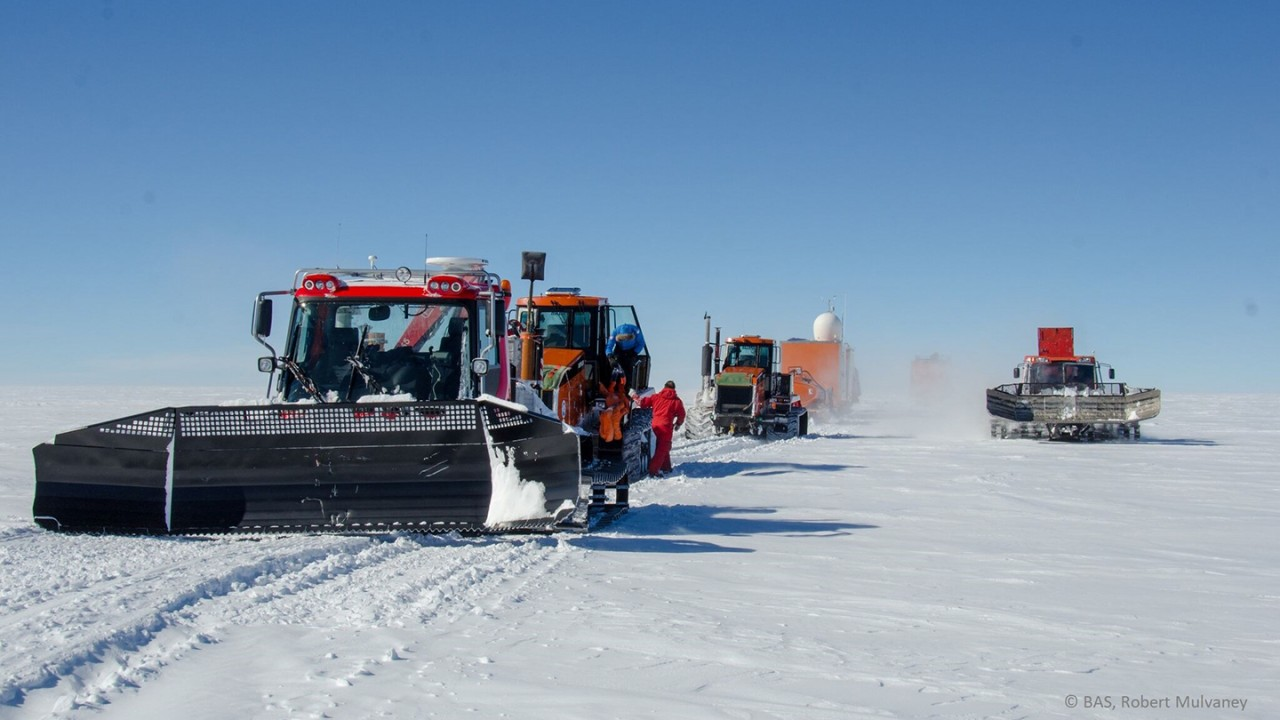 Traverse vehicles on their journey from Concordia Station to drill site Little Dome C. BAS, Robert Mulvaney.