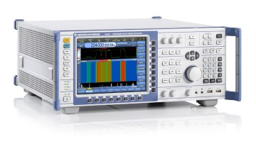 The center of each monitoring station: the ESMD wideband monitoring receiver.