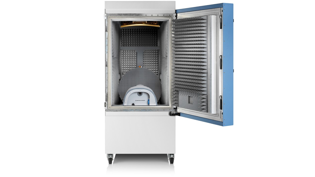 R&S®ATS1800C CATR based 5G NR mmWave test chamber