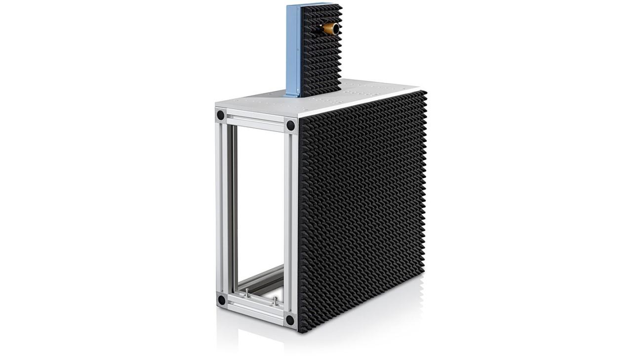 R&S®QAR Automotive radome scanner - mounting table including transmit antenna