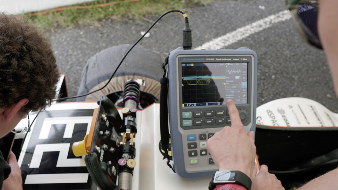 Осциллограф Scope Rider для автомобильной промышленности— быстрая отладка электромобилей