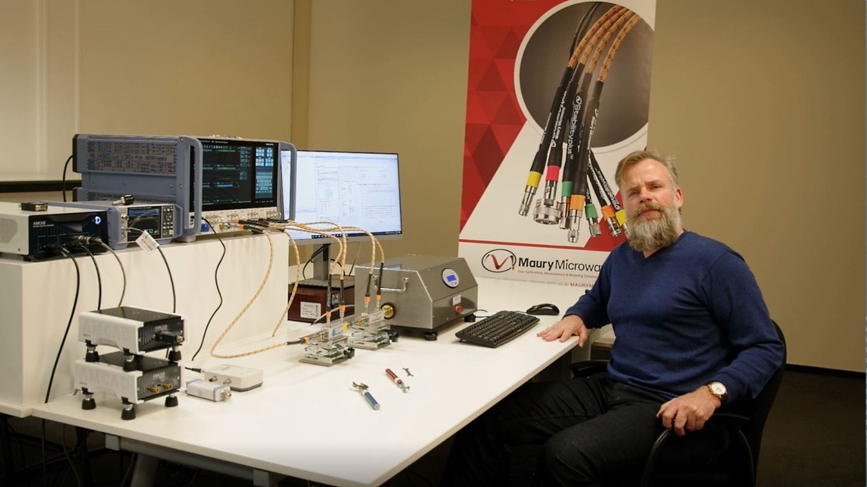 Vector receiver load-pull measurements